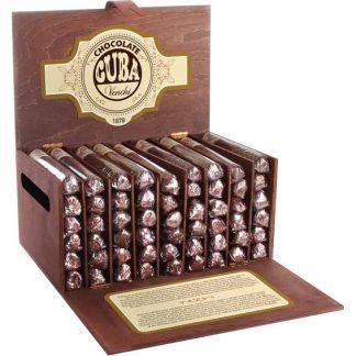 boîte de luxe de 54 cigares venchi au cacao aromatique, chocolat noir et orange, et tartufo nougatine