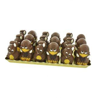 Plateau de 36 moulages de Pâques de 55g en chocolat au lait décoré: lapin et canard.